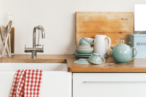 Cheap and Easy Ways to Get A Farmhouse Kitchen in Any House
