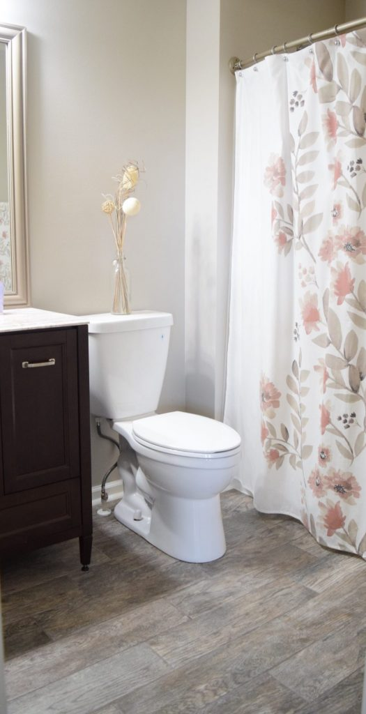 Update Your Bathroom By Replacing the Flooring