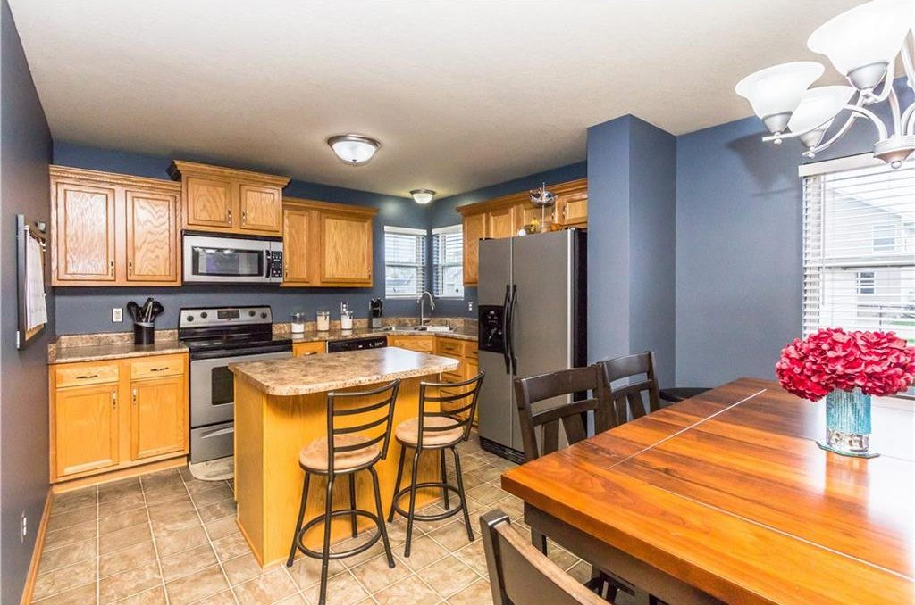 A Before Picture - Kitchen Remodeling on a Tight Budget