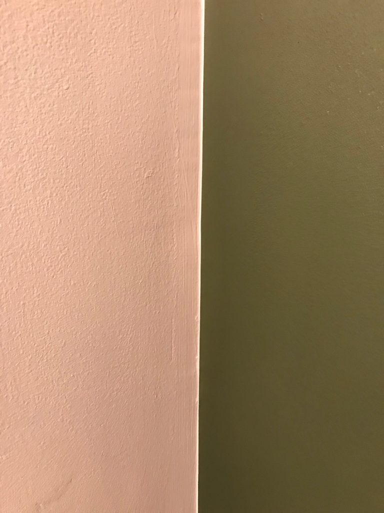 Perfect Corner Accent Wall Line