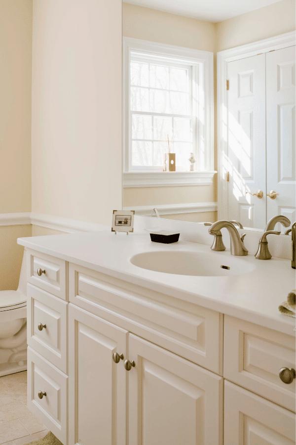 White-Painted-Bathroom-Vanity-4
