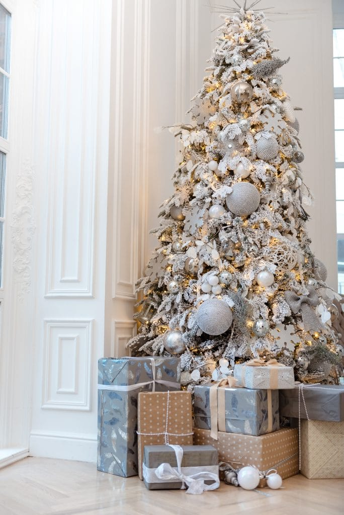 Christmas Decorating Themes For Your Home Love Remodeled