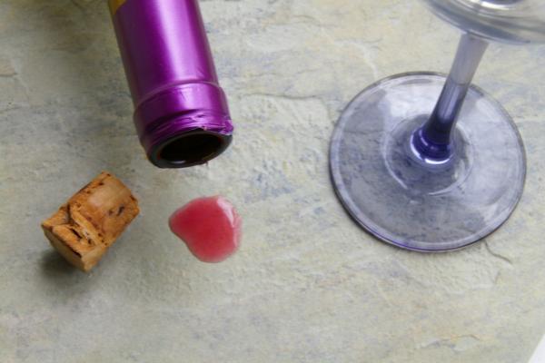 stains on quartz countertops